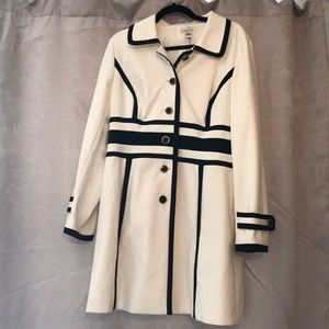 Lovely Harolds Coat